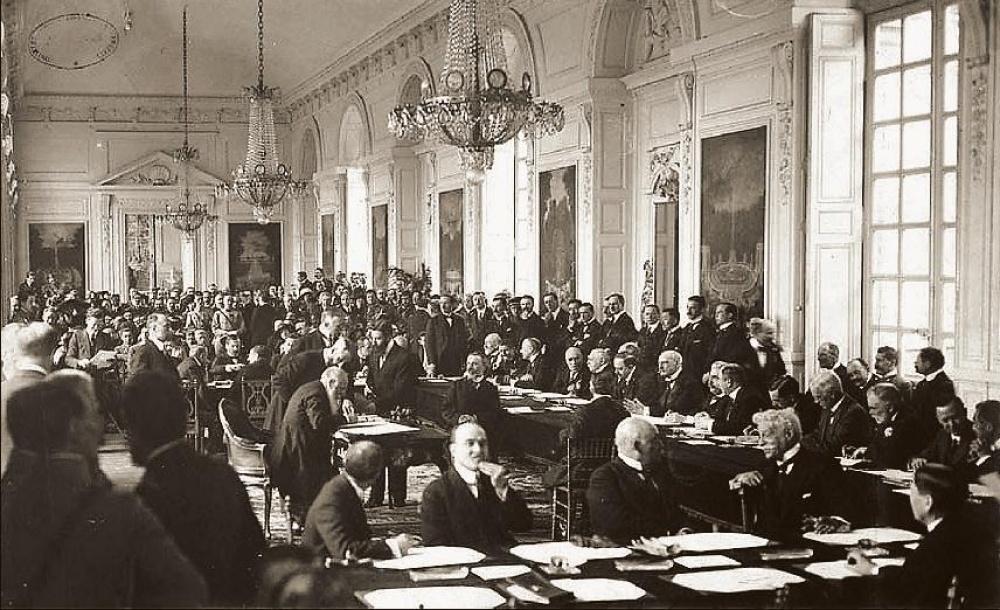 a trianoni békediktátum aláírása, 1920